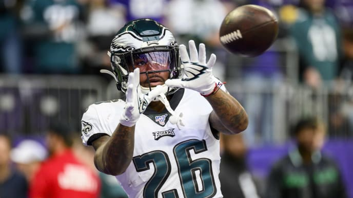 MINNEAPOLIS, MN - OCTOBER 13: Miles Sanders #26 of the Philadelphia Eagles warms up before the game against the Minnesota Vikings at U.S. Bank Stadium on October 13, 2019 in Minneapolis, Minnesota. (Photo by Stephen Maturen/Getty Images)