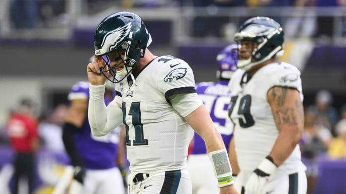 MINNEAPOLIS, MN - OCTOBER 13: Carson Wentz #11 of the Philadelphia Eagles walks off the field after failing to complete a fourth down play in the second quarter of the game against the Minnesota Vikings at U.S. Bank Stadium on October 13, 2019 in Minneapolis, Minnesota. (Photo by Stephen Maturen/Getty Images)