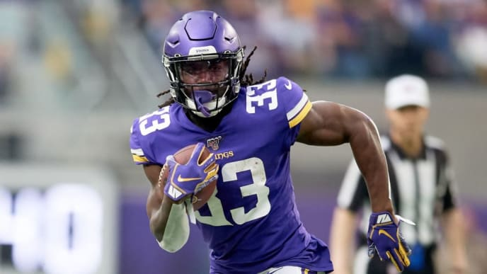 MINNEAPOLIS, MINNESOTA - OCTOBER 13: Dalvin Cook #33 of the Minnesota Vikings carries the ball against the Philadelphia Eagles during the game at U.S. Bank Stadium on October 13, 2019 in Minneapolis, Minnesota. The Vikings defeated the Eagles 38-20. (Photo by Hannah Foslien/Getty Images)