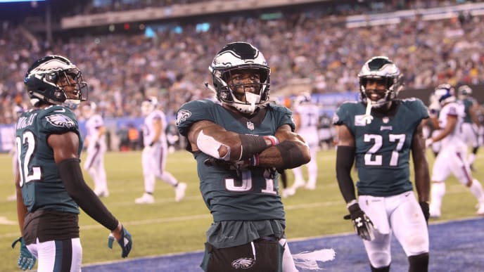 EAST RUTHERFORD, NJ - OCTOBER 11: Jalen Mills #31 of the Philadelphia Eagles breaks up a pass in action against the New York Giants on October 11, 2018 at MetLife Stadium in East Rutherford, New Jersey. (Photo by Al Pereira/ Getty Images)