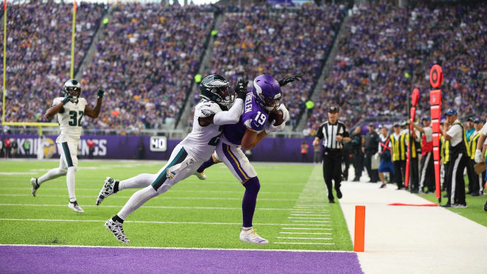 MINNEAPOLIS, MN - OCTOBER 13: Adam Thielen #19 of the Minnesota Vikings attempts to pull in a pass but fell out of bounds in the first quarter while Malcolm Jenkins #27 of the Philadelphia Eagles applies pressure at U.S. Bank Stadium on October 13, 2019 in Minneapolis, Minnesota. (Photo by Adam Bettcher/Getty Images)