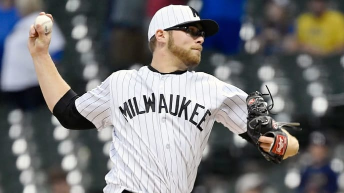MILWAUKEE, WISCONSIN - JUNE 07: Corbin Burnes #39 of the Milwaukee Brewers pitches the ball in the ninth inning against the Pittsburgh Pirates at Miller Park on June 7, 2019 in Milwaukee, Wisconsin. Both teams wore throwback uniforms of the Milwaukee Bears and the Pittsburgh Crawfords in honor of the Negro League. (Photo by Quinn Harris/Getty Images)