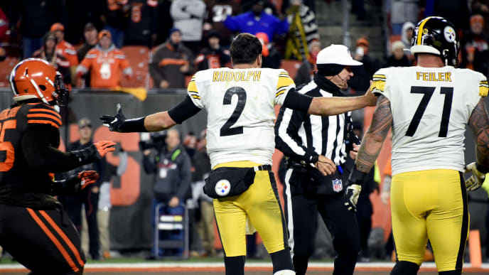 CLEVELAND, OHIO - NOVEMBER 14: Quarterback Mason Rudolph #2 of the Pittsburgh Steelers argues after fighting with defensive end Myles Garrett #95 of the Cleveland Browns during the second half at FirstEnergy Stadium on November 14, 2019 in Cleveland, Ohio. The Browns defeated the Steelers 21-7.  (Photo by Jason Miller/Getty Images)
