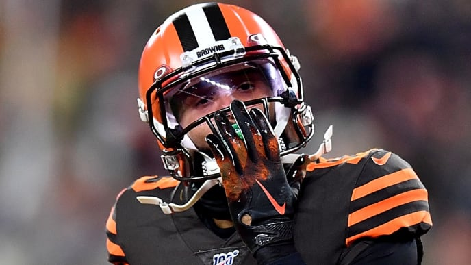 CLEVELAND, OHIO - NOVEMBER 14: Wide receiver Odell Beckham #13 of the Cleveland Browns celebrates a touchdown that was called back after review in the first quarter of the game against the Pittsburgh Steelers at at FirstEnergy Stadium on November 14, 2019 in Cleveland, Ohio. (Photo by Jamie Sabau/Getty Images)