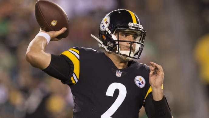 PHILADELPHIA, PA - AUGUST 09: Mason Rudolph #2 of the Pittsburgh Steelers throws a pass in the third quarter during the preseason game against the Philadelphia Eagles at Lincoln Financial Field on August 9, 2018 in Philadelphia, Pennsylvania. The Steelers defeated the Eagles 31-14. (Photo by Mitchell Leff/Getty Images)