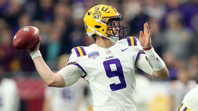 GLENDALE, ARIZONA - JANUARY 01: Quarterback Joe Burrow #9 of the LSU Tigers throws a pass during the first half of the PlayStation Fiesta Bowl between LSU and Central Florida at State Farm Stadium on January 01, 2019 in Glendale, Arizona. (Photo by Christian Petersen/Getty Images)