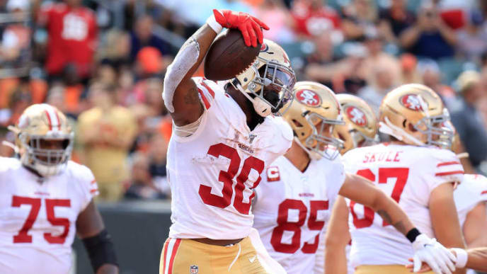 CINCINNATI, OHIO - SEPTEMBER 15:   Jeff Wilson Jr #30 of the San Francisco 49ers celebrates after running for a touchdown against the Cincinnati Bengals at Paul Brown Stadium on September 15, 2019 in Cincinnati, Ohio. (Photo by Andy Lyons/Getty Images)