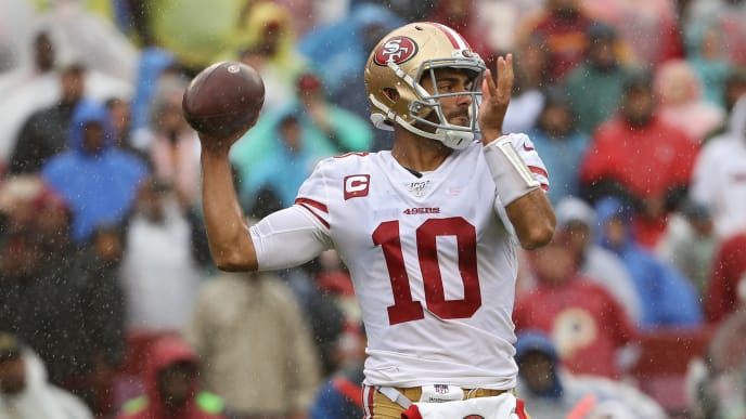 LANDOVER, MARYLAND - OCTOBER 20: Quarterback Jimmy Garoppolo #10 of the San Francisco 49ers looks to pass against the Washington Redskins during the first half at FedExField on October 20, 2019 in Landover, Maryland. (Photo by Patrick Smith/Getty Images)
