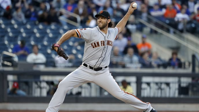 NEW YORK, NEW YORK - JUNE 04: Madison Bumgarner #40 of the San Francisco Giants pitches against the New York Mets during the second inning at Citi Field on June 04, 2019 in New York City. (Photo by Michael Owens/Getty Images)