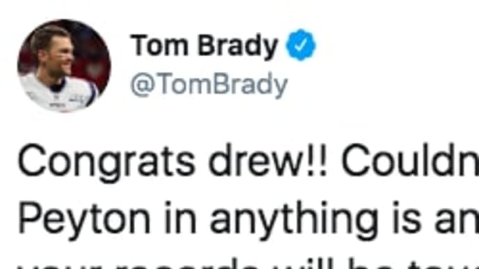 Tom Brady showed some love for Drew Brees after the latter broke a record Monday night.