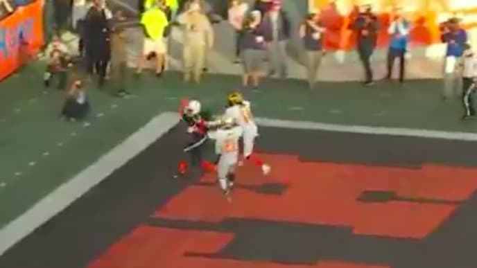 Jauan Jennings caught a touchdown pass from Jalen Hurts in the 2020 Senior Bowl.