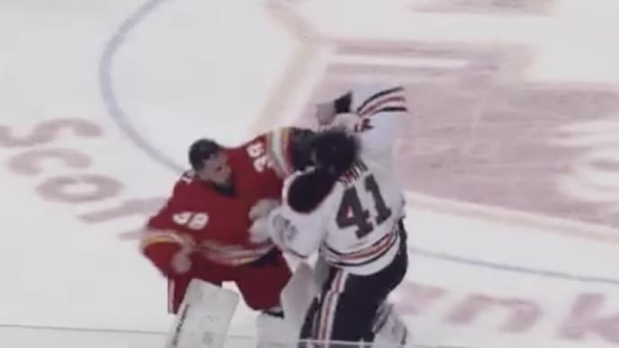 We've got a goalie fight in Oilers-Flames