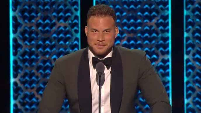 Blake Griffin utterly destroys the Jenner family at the Roast of Alec Baldwin.