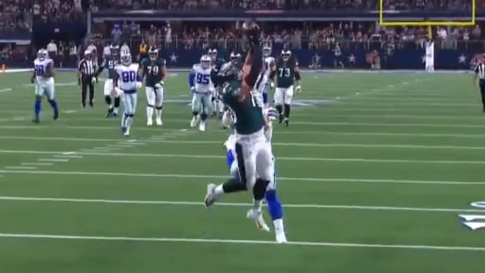 Dallas Goedert puts Eagles on the board with leaping touchdown grab on Sunday vs Cowboys.
