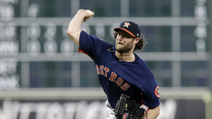 HOUSTON, TX - SEPTEMBER 08:  Gerrit Cole #45 of the Houston Astros pitches in the eighth inning against the Seattle Mariners at Minute Maid Park on September 8, 2019 in Houston, Texas.  (Photo by Tim Warner/Getty Images)