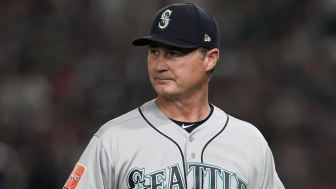 TOKYO, JAPAN - MARCH 20: Head coach Scott Servais #29 is seen after visiting the mound in the 2nd inning during the game between Seattle Mariners and Oakland Athletics at Tokyo Dome on March 20, 2019 in Tokyo, Japan. (Photo by Masterpress/Getty Images)