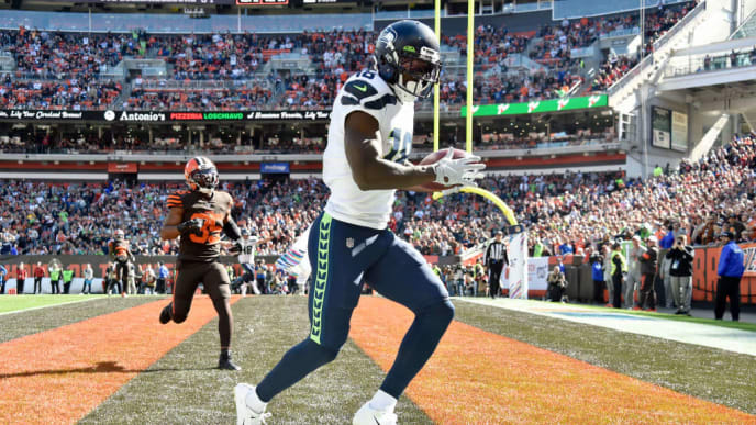 CLEVELAND, OHIO - OCTOBER 13: Jaron Brown #18 of the Seattle Seahawks catches a touchdown pass during the second quarter against the Cleveland Browns at FirstEnergy Stadium on October 13, 2019 in Cleveland, Ohio. (Photo by Jason Miller/Getty Images)