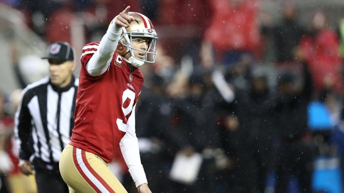 SANTA CLARA, CA - DECEMBER 16: Robbie Gould #9 of the San Francisco 49ers celebrates after kicking the game winning field goal in overtime against the Seattle Seahawks during their NFL game at Levi's Stadium on December 16, 2018 in Santa Clara, California. (Photo by Ezra Shaw/Getty Images)