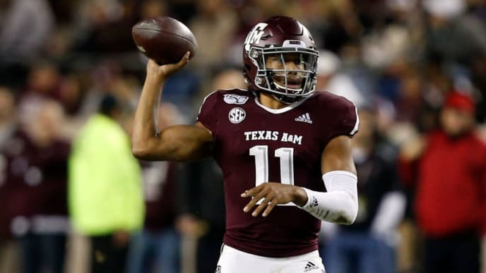 COLLEGE STATION, TEXAS - NOVEMBER 16: Kellen Mond #11 of the Texas A&M Aggies looks for a receiver during the third quarter against the South Carolina Gamecocks at Kyle Field on November 16, 2019 in College Station, Texas. (Photo by Bob Levey/Getty Images)