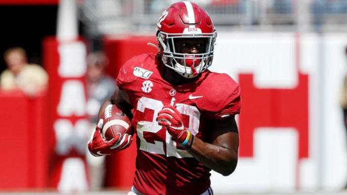 TUSCALOOSA, AL - SEPTEMBER 21: Najee Harris #22 of the Alabama Crimson Tide runs with the ball during a game against the Southern Mississippi Golden Eagles at Bryant-Denny Stadium on September 21, 2019 in Tuscaloosa, Alabama. Alabama defeated Southern Miss 49-7. (Photo by Joe Robbins/Getty Images)