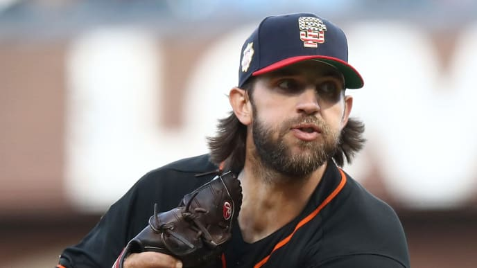 SAN FRANCISCO, CALIFORNIA - JULY 06:  Madison Bumgarner #40 of the San Francisco Giants pitches against the St. Louis Cardinals in the second inning at Oracle Park on July 06, 2019 in San Francisco, California. (Photo by Ezra Shaw/Getty Images)