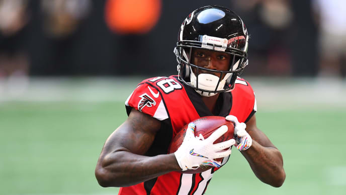 ATLANTA, GA - OCTOBER 14: Calvin Ridley #18 of the Atlanta Falcons during the first quarter against the Tampa Bay Buccaneers at Mercedes-Benz Stadium on October 14, 2018 in Atlanta, Georgia. (Photo by Scott Cunningham/Getty Images)