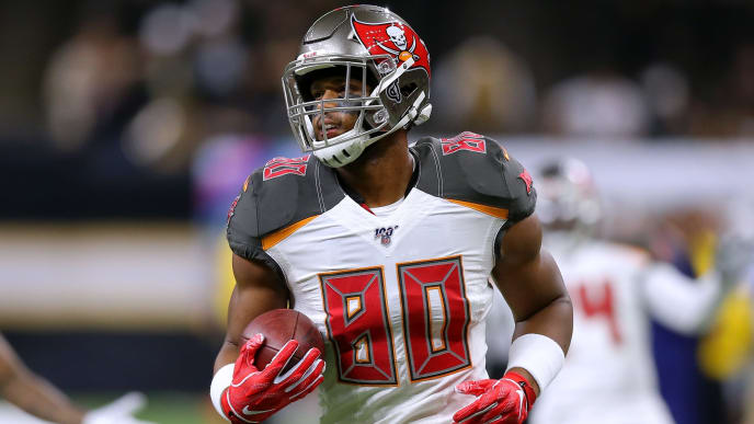 NEW ORLEANS, LOUISIANA - OCTOBER 06: O.J. Howard #80 of the Tampa Bay Buccaneers in action during a game against the New Orleans Saints at the Mercedes Benz Superdome on October 06, 2019 in New Orleans, Louisiana. (Photo by Jonathan Bachman/Getty Images)