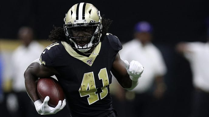 NEW ORLEANS, LOUISIANA - OCTOBER 06: Alvin Kamara #41 of the New Orleans Saints at Mercedes Benz Superdome on October 06, 2019 in New Orleans, Louisiana. (Photo by Chris Graythen/Getty Images)