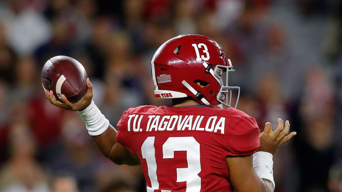 TUSCALOOSA, ALABAMA - OCTOBER 19:  Tua Tagovailoa #13 of the Alabama Crimson Tide looks to pass against the Tennessee Volunteers at Bryant-Denny Stadium on October 19, 2019 in Tuscaloosa, Alabama. (Photo by Kevin C. Cox/Getty Images)