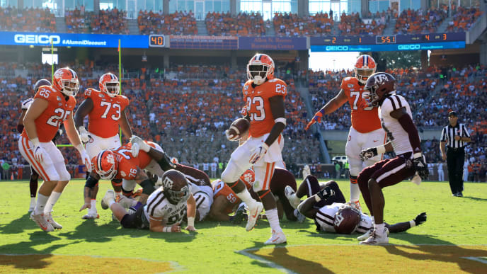 CLEMSON, SOUTH CAROLINA - SEPTEMBER 07: Lyn-J Dixon #23 of the Clemson Tigers reacts after running for a touchdown against the Texas A&M Aggies during their game at Memorial Stadium on September 07, 2019 in Clemson, South Carolina. (Photo by Streeter Lecka/Getty Images)