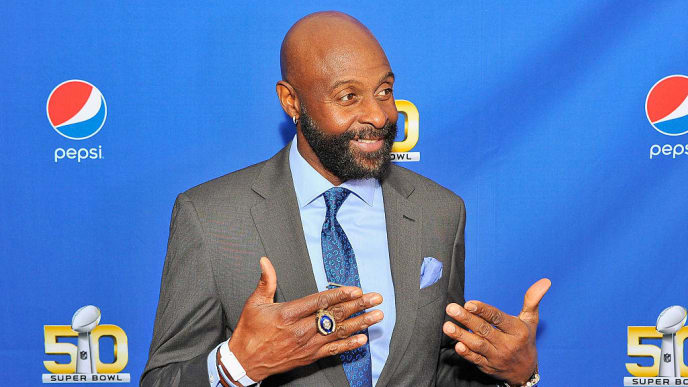 SAN FRANCISCO, CA - FEBRUARY 05:  Retired NFL player Jerry Rice walks the Blue Carpet at the 2015 Pepsi Rookie of the Year Award Ceremony at Pepsi Super Friday Night at Pier 70 on February 5, 2016 in San Francisco, California.  (Photo by Steve Jennings/Getty Images for Pepsi)