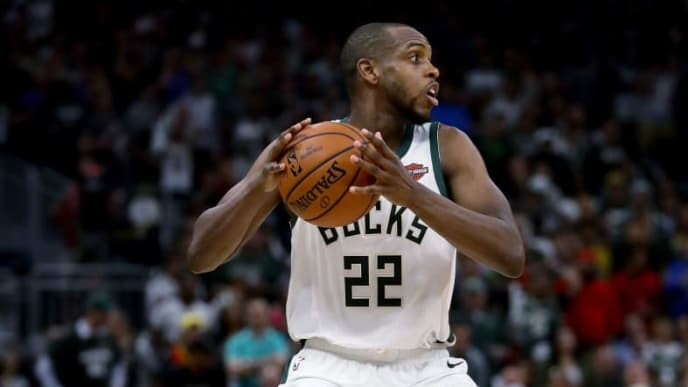 MILWAUKEE, WISCONSIN - MAY 23:  Khris Middleton #22 of the Milwaukee Bucks handles the ball in the fourth quarter against the Toronto Raptors during Game Five of the Eastern Conference Finals of the 2019 NBA Playoffs at the Fiserv Forum on May 23, 2019 in Milwaukee, Wisconsin. NOTE TO USER: User expressly acknowledges and agrees that, by downloading and or using this photograph, User is consenting to the terms and conditions of the Getty Images License Agreement. (Photo by Jonathan Daniel/Getty Images)