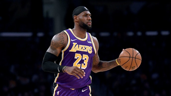 LOS ANGELES, CALIFORNIA - OCTOBER 25:  LeBron James #23 of the Los Angeles Lakers carries the ball during the game against the Utah Jazz at Staples Center on October 25, 2019 in Los Angeles, California. (Photo by Harry How/Getty Images)