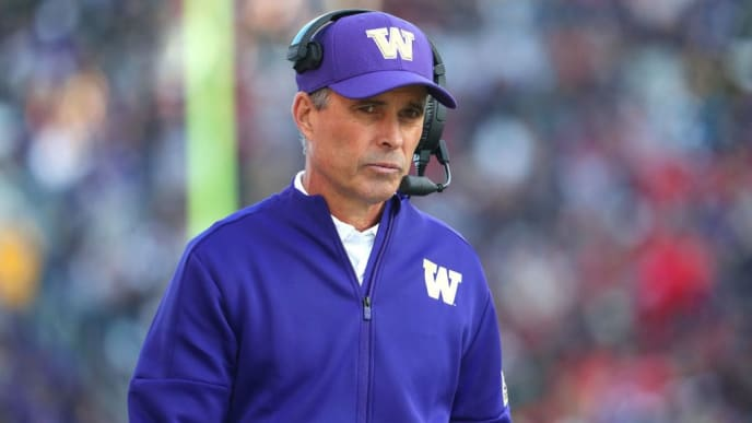 SEATTLE, WASHINGTON - NOVEMBER 02: Head Coach Chris Petersen of the Washington Huskies reacts in the fourth quarter against the Utah Utes during their game at Husky Stadium on November 02, 2019 in Seattle, Washington. (Photo by Abbie Parr/Getty Images)