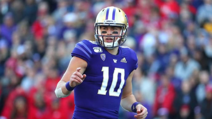 SEATTLE, WASHINGTON - NOVEMBER 02: Jacob Eason #10 of the Washington Huskies looks on against the Utah Utes in the first quarter during their game at Husky Stadium on November 02, 2019 in Seattle, Washington. (Photo by Abbie Parr/Getty Images)