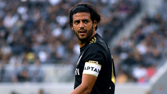 LOS ANGELES, CALIFORNIA - JULY 06:  Carlos Vela #10 of Los Angeles FC reacts for a call from the referee during the first half against the Vancouver Whitecaps at Banc of California Stadium on July 06, 2019 in Los Angeles, California. (Photo by Harry How/Getty Images)