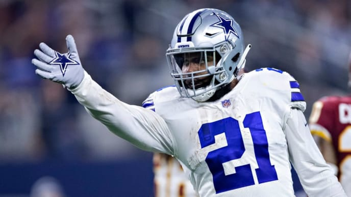 ARLINGTON, TX - NOVEMBER 22:  Ezekiel Elliott #21 of the Dallas Cowboys signals first down in the second half of a game against the Washington Redskins at AT&T Stadium on November 22, 2018 in Arlington, Texas.  The Cowboys defeated the Redskins 31-23.  (Photo by Wesley Hitt/Getty Images)