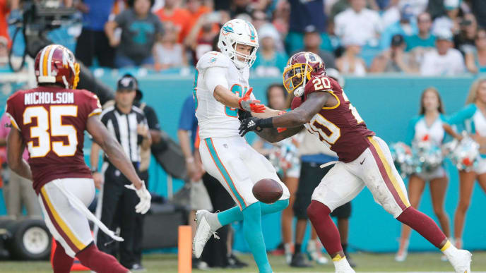 MIAMI, FLORIDA - OCTOBER 13:  Landon Collins #20 of the Washington Redskins breaks up a pass intended for Mike Gesicki #88 of the Miami Dolphins during the fourth quarter at Hard Rock Stadium on October 13, 2019 in Miami, Florida. (Photo by Michael Reaves/Getty Images)