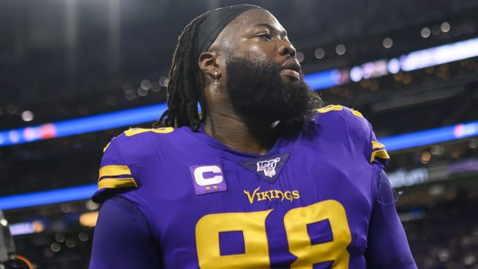 MINNEAPOLIS, MN - OCTOBER 24: Linval Joseph #98 of the Minnesota Vikings on the sideline before the game against the Washington Redskins at U.S. Bank Stadium on October 24, 2019 in Minneapolis, Minnesota. (Photo by Stephen Maturen/Getty Images)