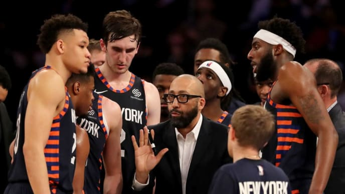 NEW YORK, NEW YORK - APRIL 07:   Head coach David Fizdale of the New York Knicks talks to his players during a time out in the fourth quarter against the Washington Wizards at Madison Square Garden on April 07, 2019 in New York City. The New York Knicks defeated the Washington Wizards 113-110.NOTE TO USER: User expressly acknowledges and agrees that, by downloading and or using this photograph, User is consenting to the terms and conditions of the Getty Images License Agreement. (Photo by Elsa/Getty Images)