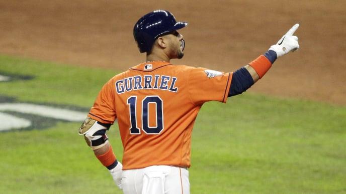El cubano Yuli Gurriel renegoció su contrato de 2020 con los Astros de Houston