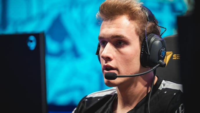 Akaadian will take on Grig's role in the starting TSM LCS lineup.