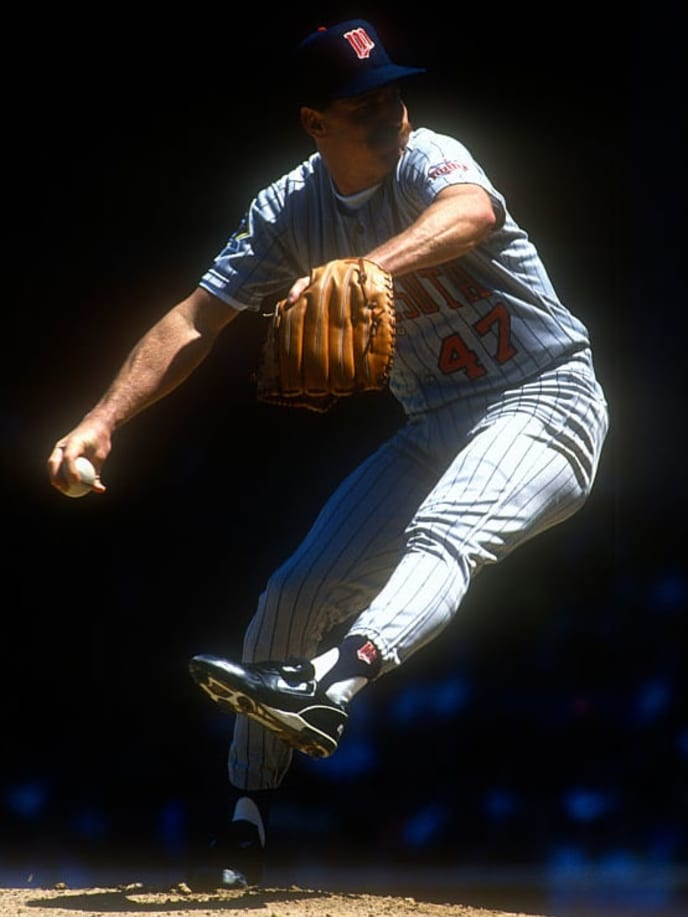 DETROIT, MI - CIRCA 1991: Jack Morris #47 of the Minnesota Twins pitches against the Detroit Tigers during an Major League Baseball game circa 1991 at Tiger Stadium in Detroit, Michigan. Morris played for the Twins in 1991. (Photo by Focus on Sport/Getty Images)