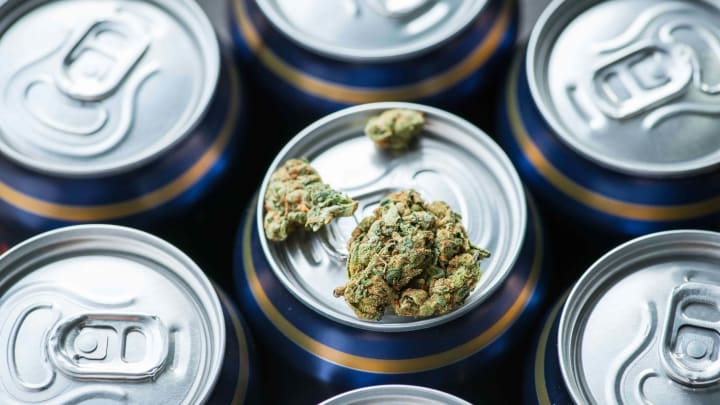 CBD & Alcohol: What Happens When You Mix Them?