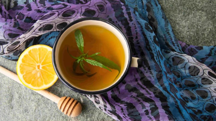 Don't throw away those cannabis stems! Learn how to medicate with stem tea.
