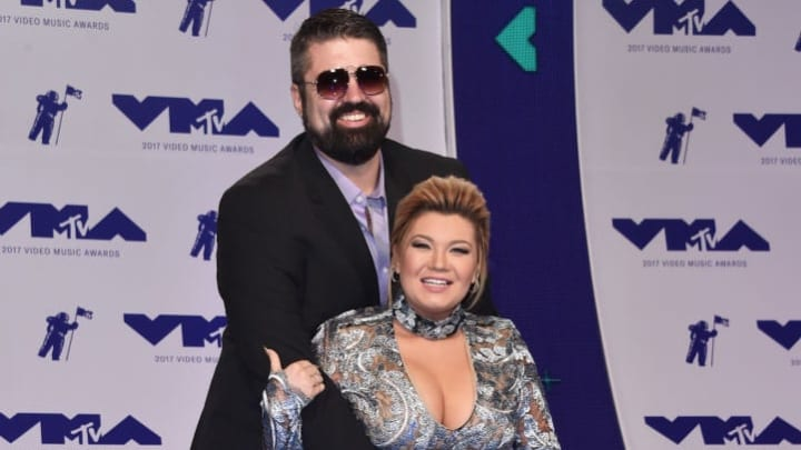 INGLEWOOD, CA - AUGUST 27:  Andrew Glennon (L) and Amber Portwood attend the 2017 MTV Video Music Awards at The Forum on August 27, 2017 in Inglewood, California.  (Photo by Alberto E. Rodriguez/Getty Images)