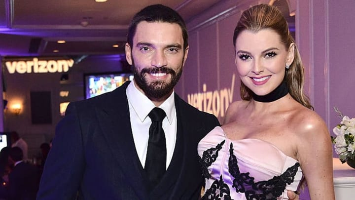 BEVERLY HILLS, CA - OCTOBER 24:  Julian Gil and Marjorie de Sousa attend the The Paley Center for Media's Hollywood Tribute to Hispanic Achievements in Television at the Beverly Wilshire Four Seasons Hotel on October 24, 2016 in Beverly Hills, California.  (Photo by Araya Diaz/Getty Images for The Paley Center for Media)