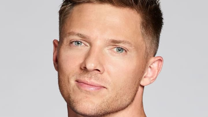 'The Biggest Loser' trainer Steve Cook, USA Network series airing every Tuesday