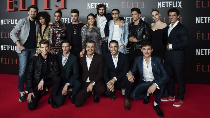 MADRID, SPAIN - OCTOBER 02:  The cast of the television series attends the World Premiere of Netflixs 'Elite' at Nubel on October 2, 2018 in Madrid, Spai  (Photo by Samuel de Roman/Getty Images)