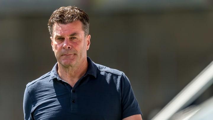 Bleibt Hecking auch 20/21 HSV-Trainer?